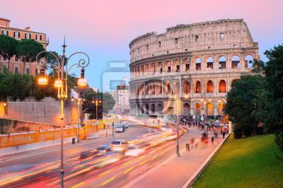Koloseum, Řím, Itálie, na západ slunce