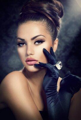 Obraz Krása módní dívka portrét. Vintage styl dívka, která nosí rukavice