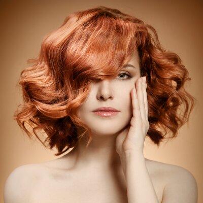 Obraz Krása portrét. Kudrnaté vlasy