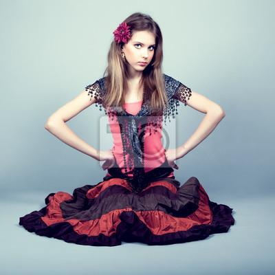 Krásná cikánka dospívající