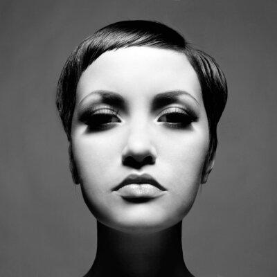 Obraz Krásná dáma s krátkými vlasy