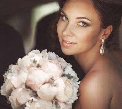 Obraz Krásná nevěsta v den svatby ve svatební šaty. novomanželka žena
