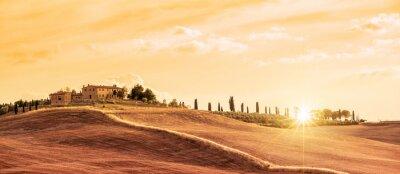 Obraz Krásná typická panoramatická krajina Toskánsko při západu slunce, Itálie