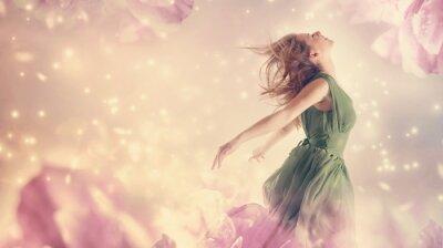 Obraz Krásná žena v růžové pivoňky květ fantazie