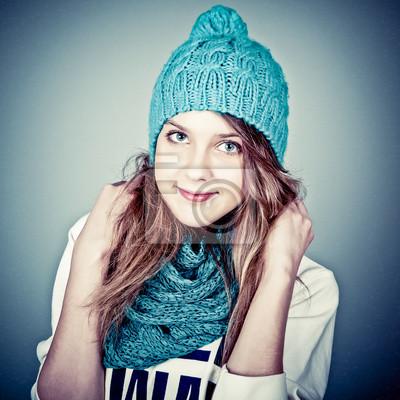 krásné teenager v zimním oblečení