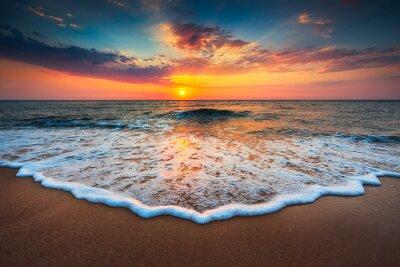 Obraz Krásný východ slunce nad mořem
