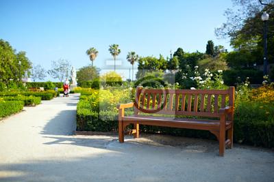 Lavička v parku