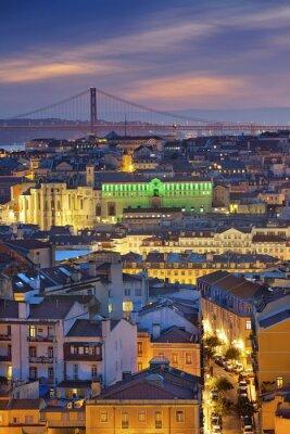Obraz Lisabon. Obrázek portugalském Lisabonu během soumraku modrou hodinu.