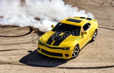 Obraz Luxusní žlutá sportovní auto drifting, motion capture