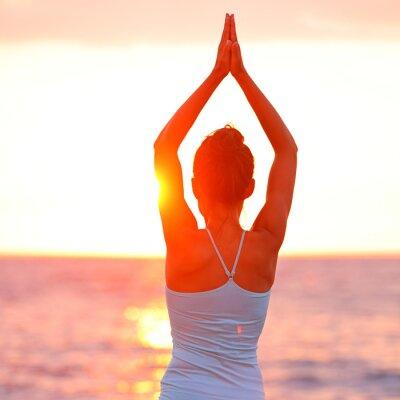 Obraz Meditace Jóga žena meditace na pláži západu slunce