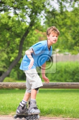 Mladý chlapec válec