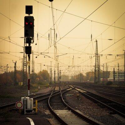Obraz Mobilní fotografování tón matoucí železničních tratí soumrak