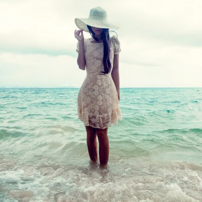 Obraz módní portrét dívky na moři