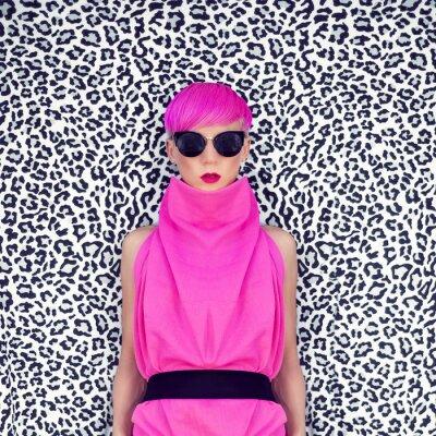 Obraz módní portrét dívky s módní účes