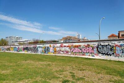 Obraz Mur et Pelouse verte. Berlín.