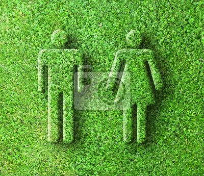 muž a žena tvary v poli jetele