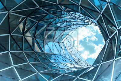 Obraz obrovská díra v moderní budově ve Frankfurtu.