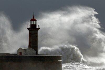 Obraz Obrovská vlna nad majáku