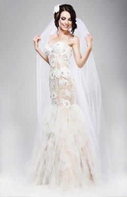 Obraz Očekávání. Krásná Jubilant Nevěsta v bílé svatební šaty