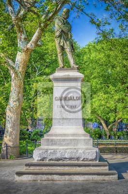 Památník Garibaldi, Washington Square, New York