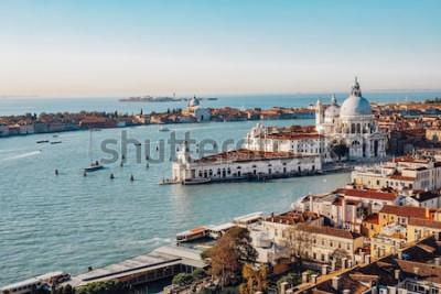 Obraz Panoramatický pohled na Benátky ze San Marco Campanile. Canal Grande, bazilika Santa Maria della Salute. Itálie