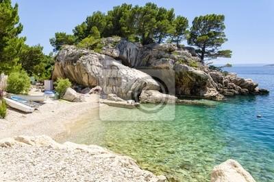 pláž v Brela na Makarské riviéře, Dalmácie, Chorvatsko