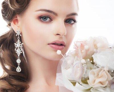 Obraz Portrét krásná mladá nevěsta na bílém pozadí