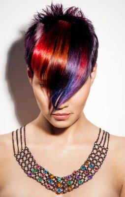 Obraz Portrét krásné dívky s barvené vlasy