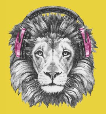 Obraz Portrét lva se sluchátky na uších. Ručně tažené ilustrace.