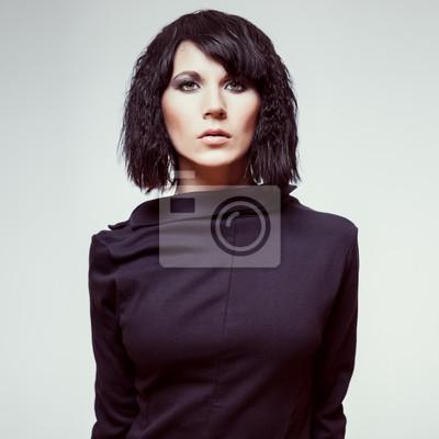 Portrét mladé krásné ženy