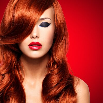 Obraz Portrét ženy s dlouhými červenými vlasy