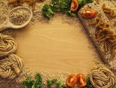 Obraz Potraviny pro zdravou výživu pozadí, rýže, těstoviny, salát a zeleninu.