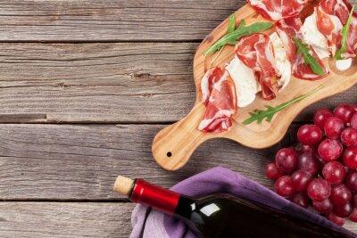 Obraz Prosciutto a mozzarella s červeným vínem