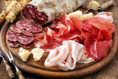 Obraz Pršut, bresaola, pancetta, salám a parmezán