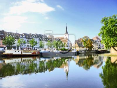 Quais et péniches à Strasbourg