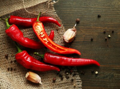 Obraz Red hot chili peppers a česnekem,
