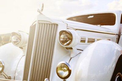 Obraz Retro auto zaparkované na trávě