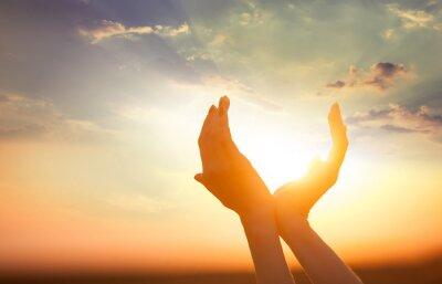 Obraz ruce slunce za úsvitu