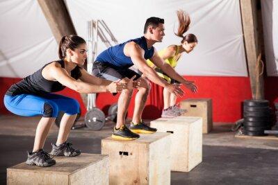 Obraz Skákání cvičení v tělocvičně