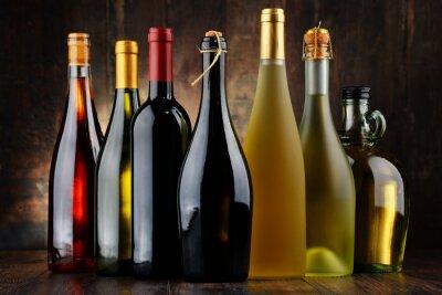 Obraz Složení s rozmanitými lahví vína