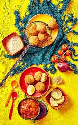 Obraz Smažené bolhinos a ozdoby do mísy a talíře