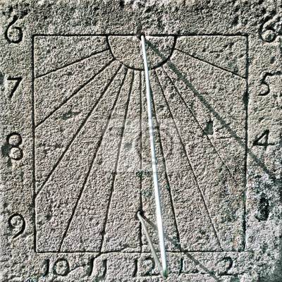 Sonnenuhr - Sluneční hodiny - Cadran Solaire