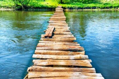 Obraz Starý dřevěný most přes řeku