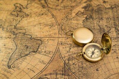 Obraz Starý kompas na vinobraní mapě