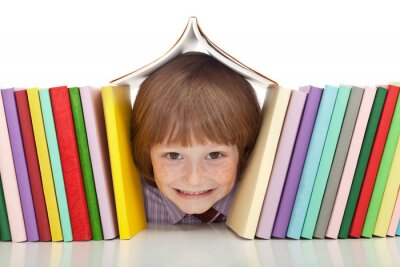 Obraz Šťastný chlapec s barevnými knihami