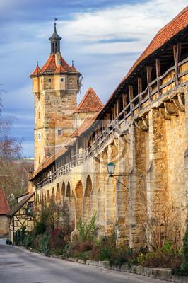 Středověké městské hradby v Rothenburg ob der Tauber, Německo
