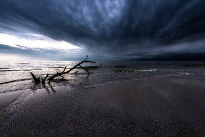 Obraz Temné mraky nad oceánem