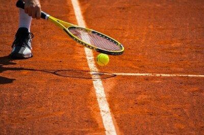 Obraz Terrain de tenis, raquette et balle jaune