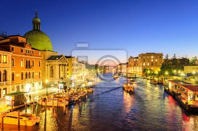 The Grand Canal, Venice, Itálie, v pozdních večerních hodinách
