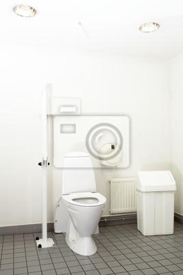 Toaleta v obchoďáku.